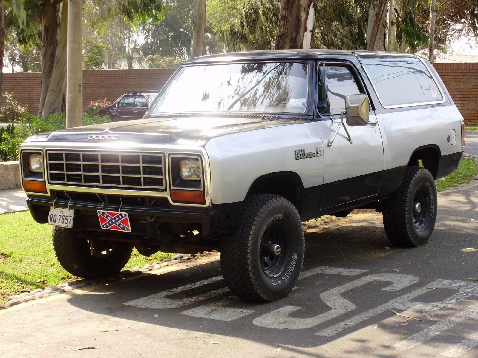 Dodge Ramcharger HD